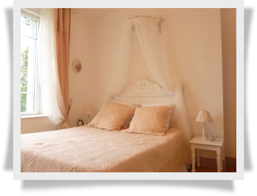 Chambres Du0027hôtes, Chambre Pétale De Rose, Hôtel De Charme, Hôtel Près De  Loudéac, Pontivy, Josselin